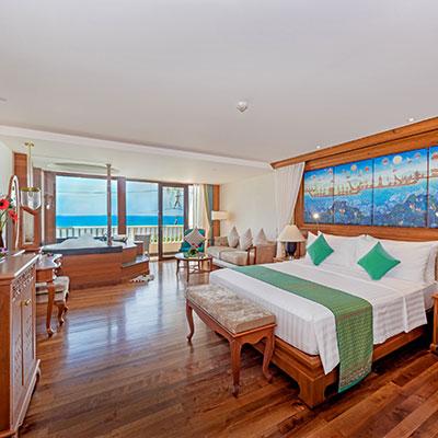 Ocean Jacuzzi Suite