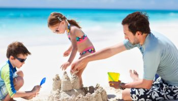 Beach Clothes Essentials 101 – What to Pack for the Whole Family